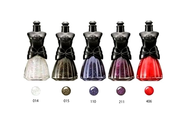annasuiholiday2012nailpolishes_thumb