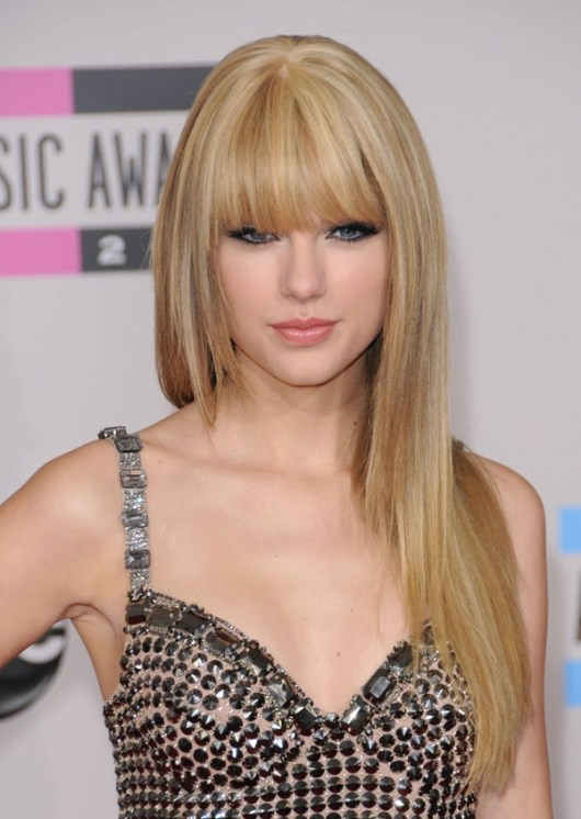 Taylor-Swift-Bangs