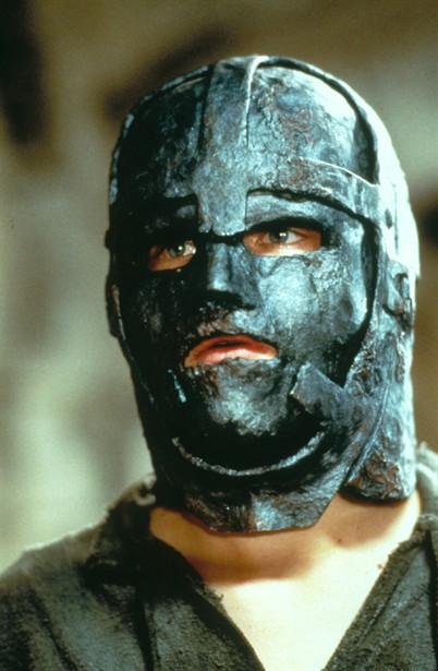 Ed ecco anche Leonardo di Caprio, con un'inedita versione in ferro!