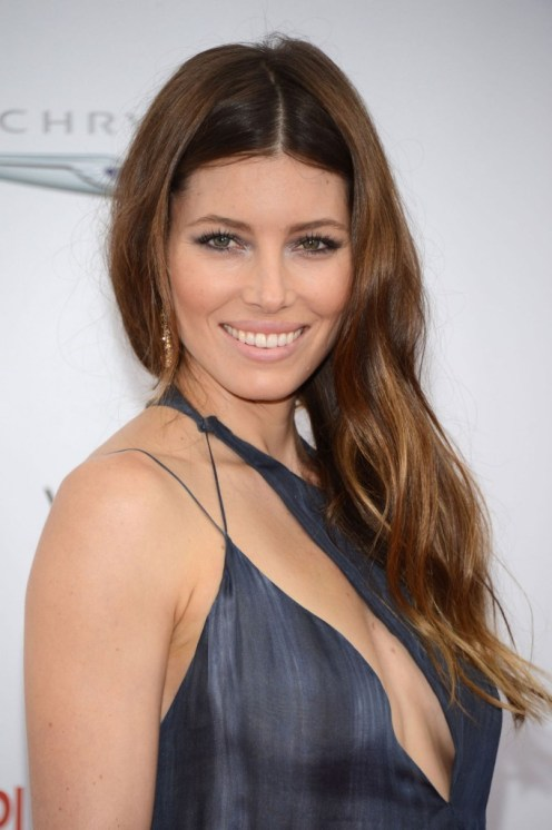 Jessica-Biel-Playing-for-Keeps-premiere-in-New-York_120512_01