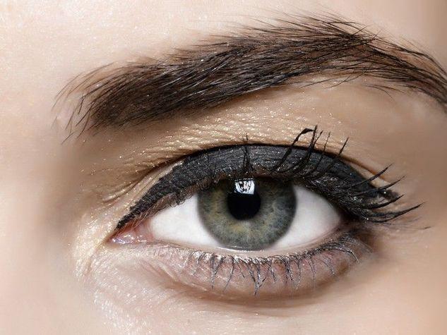 Classico-Eyeliner_o_su_horizontal_fixed