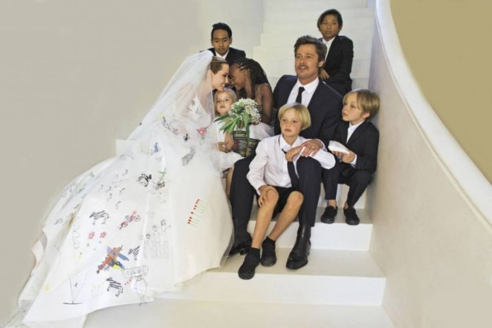 angelina_jolie_wedding_dress