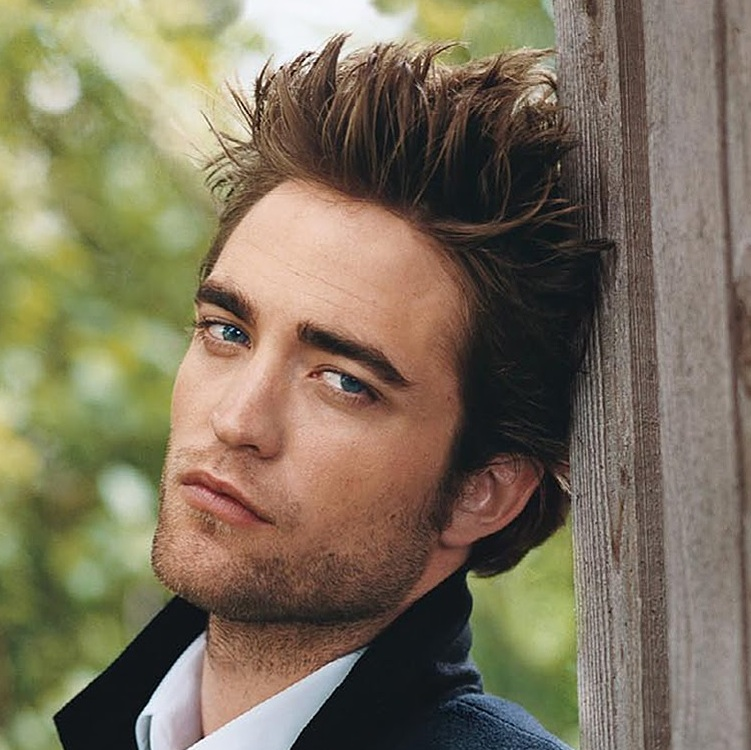 robert-pattinson-spikey-vanity-fair-hair-style