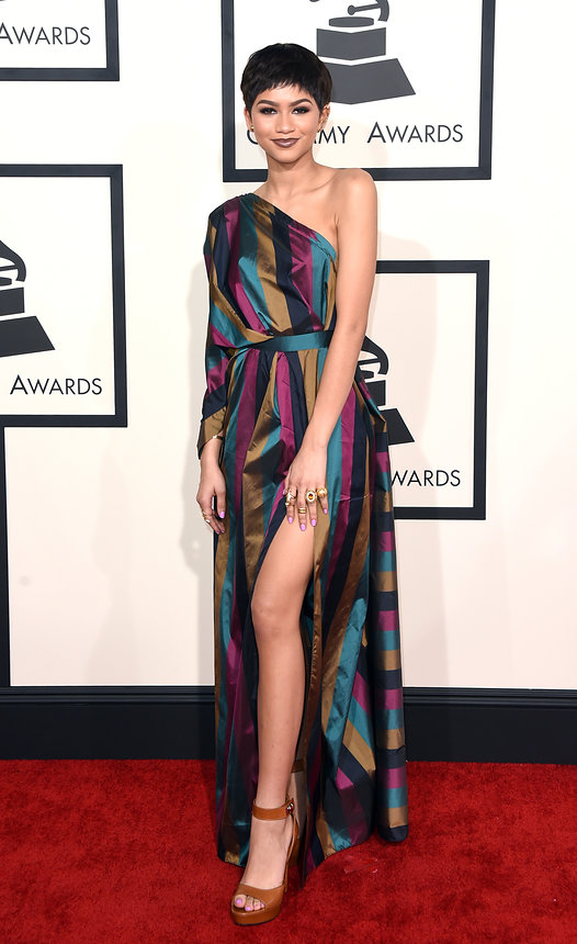zendaya-grammy-2015-red-carpet