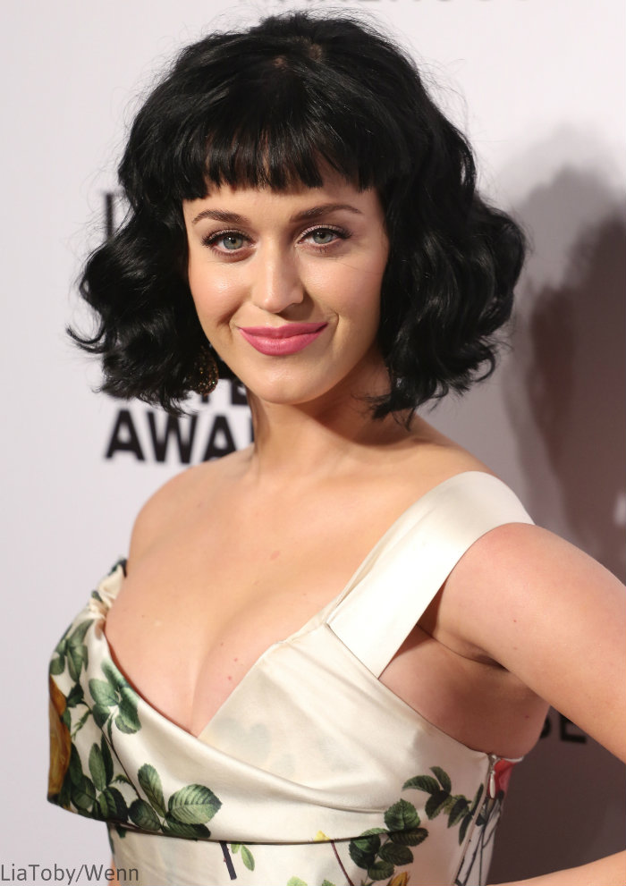 Katy-Perry-Hair-Blunt-Bangs