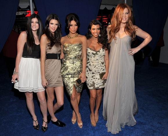 kardashian-jenner-sisters--large-msg-132131858036