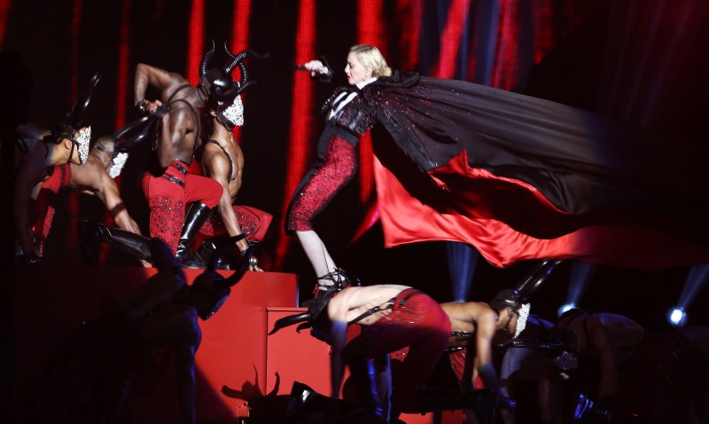 BRIT Awards 2015 - Show