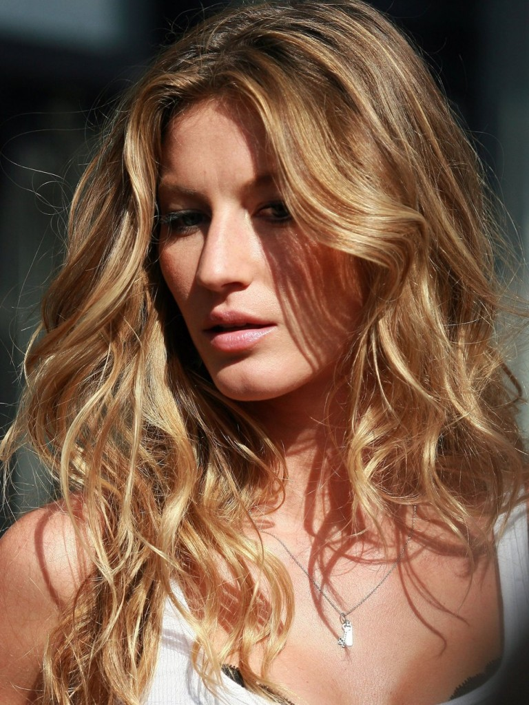 Gisele-Bundchen-Beachy-Hair