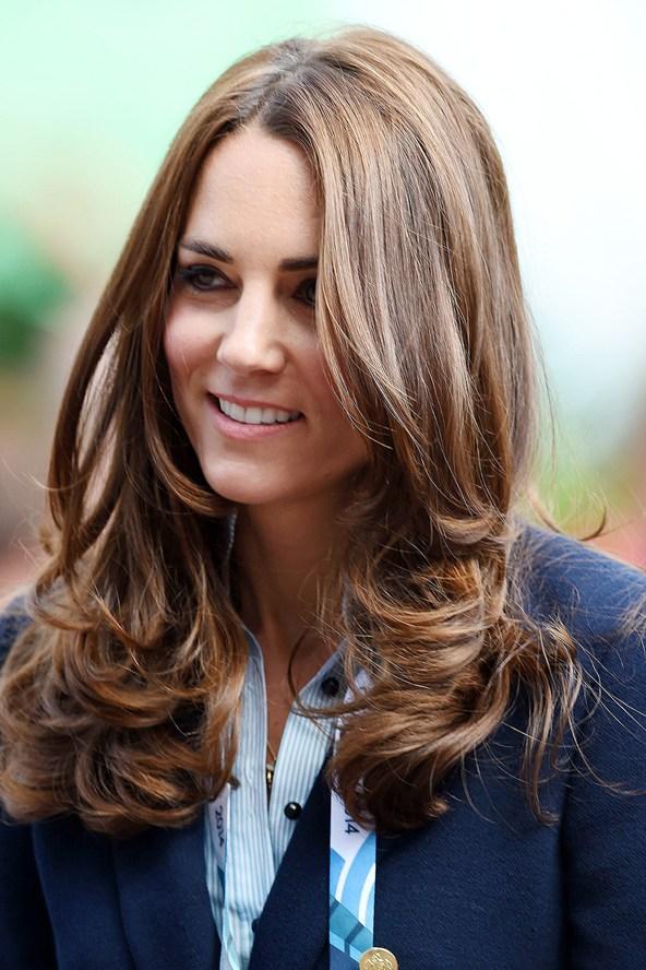 Catherine-Duchess-of-Cambridge_glamour_28jul14_rex_b_592x888