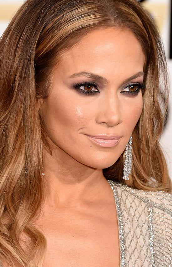 Jennifer-Lopez-72nd-Annual-Golden-Globe-Awards-January-11-2015-016