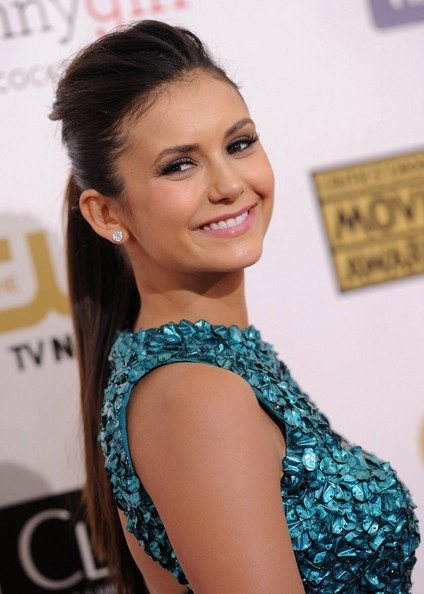 Nina+Dobrev+18th+Annual+Critics+Choice+Movie+CtNxVo5xI_Bl
