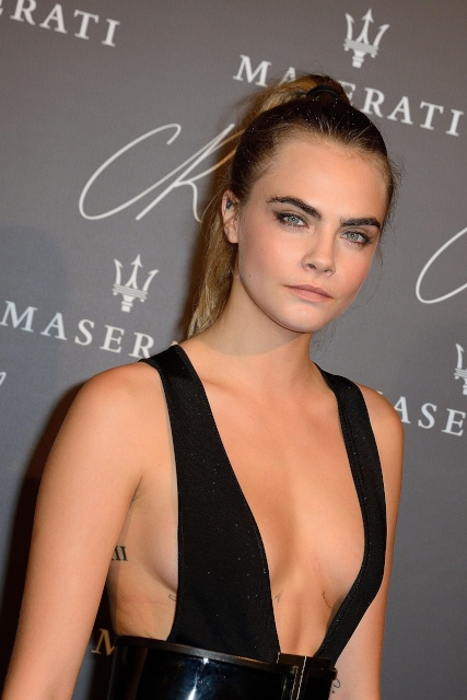 cara_delevingne_cr_fashion_book_issue_n5_launch_party_2015_ss_paris_fw_30sept2014_hKmrIFp3.sized