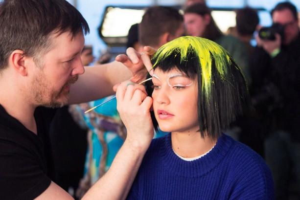 jeremy-scott-backstage-beauty-nyfw-fall-2015-22-613x409