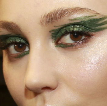 tracy-reese-fall-2015-makeup-square-w352