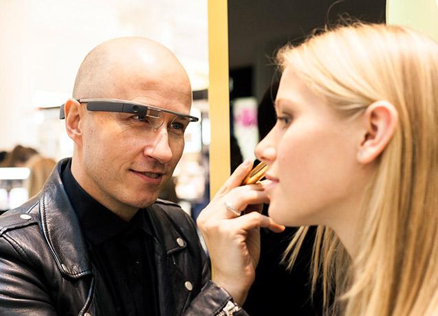ysl_google_glass_makeup_tutorial_videos_youtubers_vloggers_1