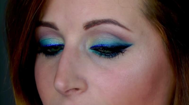 eyelinerblututorialclio