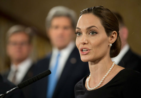 130411-otrc-ap-galleryimg-angelina-jolie-speaks-g8-foreign-ministers-summit-speech-speaking-face-close-up