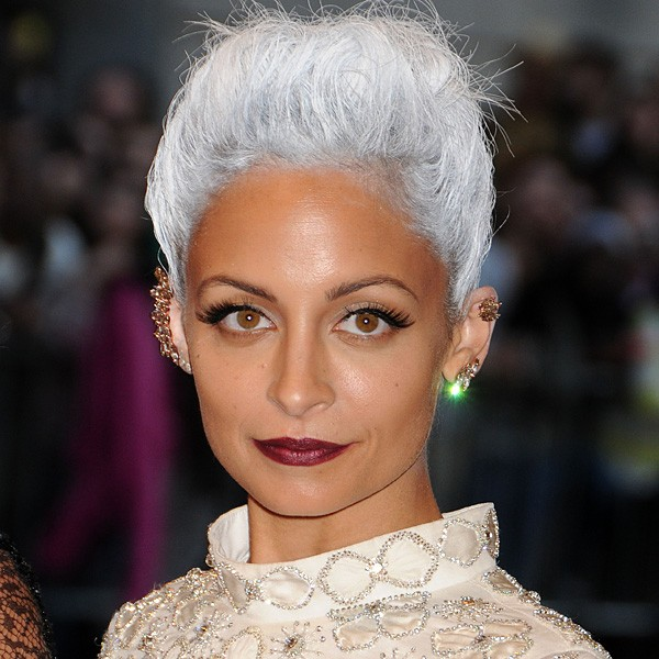 Nicole-Richie-with-grey-hair-070513