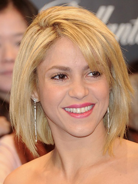 Awesome-and-Fabulous-Bob-Cut-of-Shakira