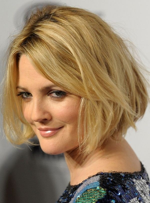 celebrity-blonde-wavy-bob-haircuts-shaggy-bob-hairstyle-ideas