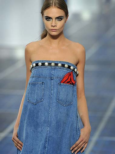 Confident-Wear-Pearls-Cara-Delevingne-Denim_tcm2127-882245