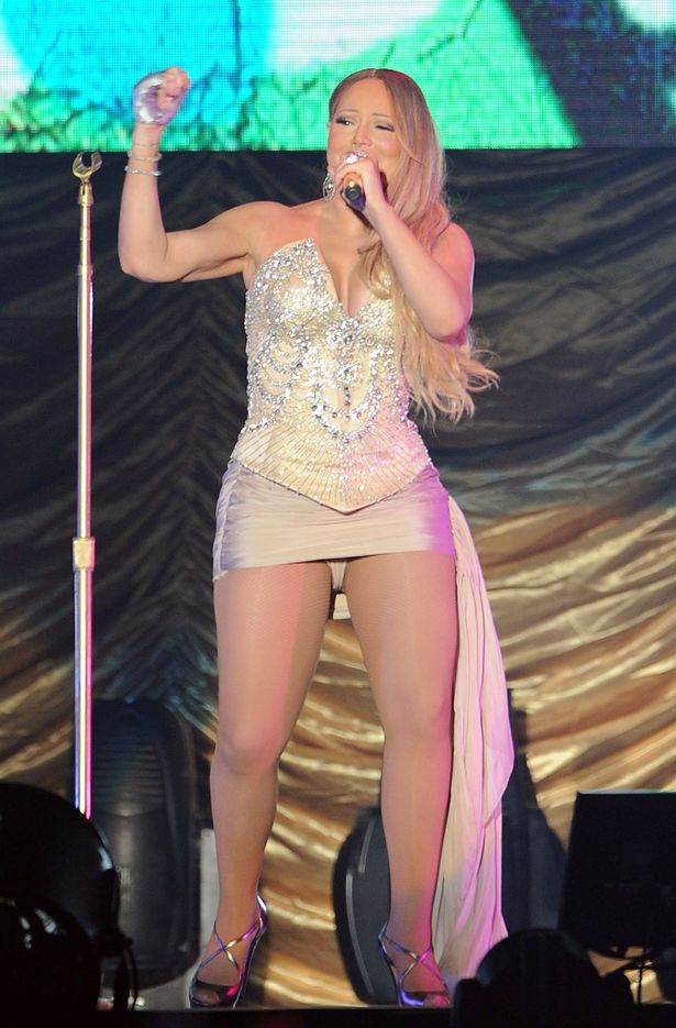 Mariah-Carey-in-concert