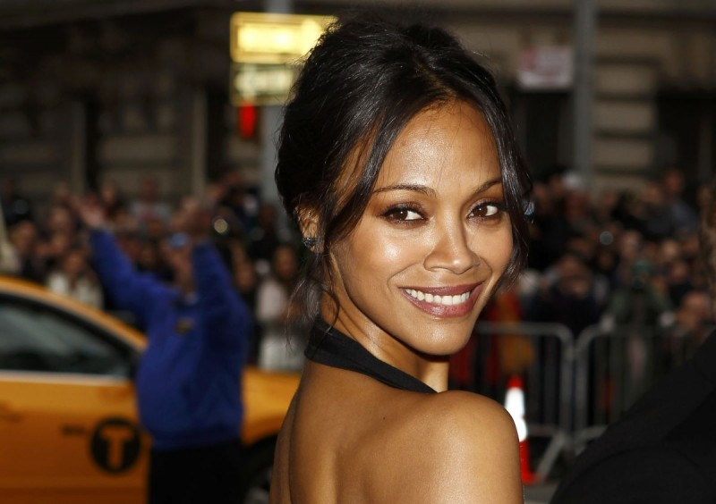 zoe-saldana-at-met-gala-2014-in-ney-york_6