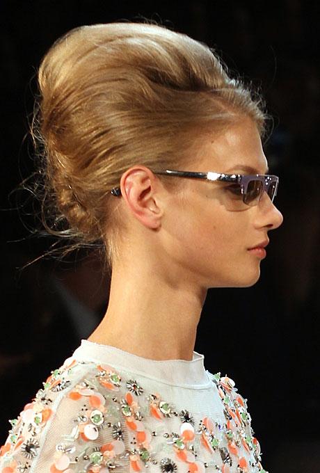 fashion-week-runway-wedding-hair-makeup-ideas-007