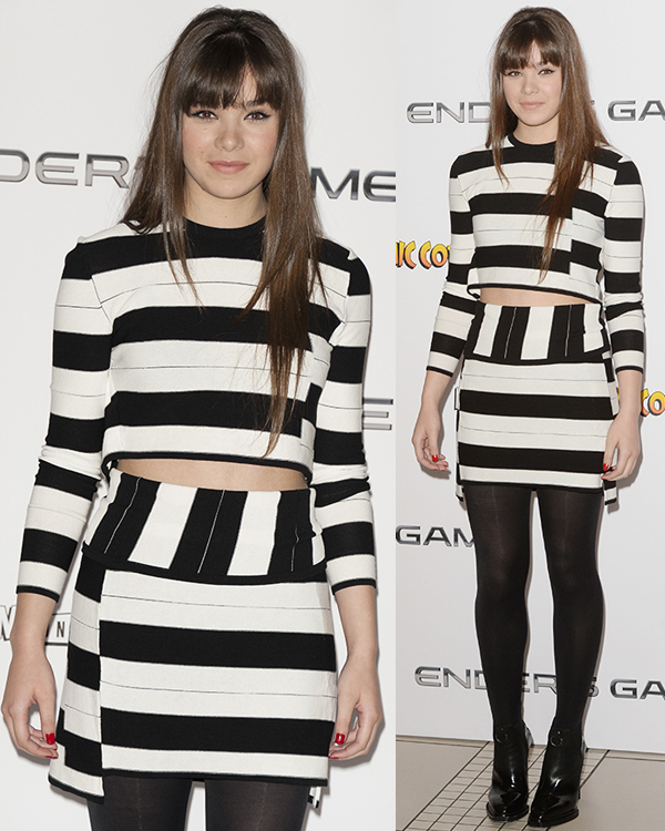 Hailee-Steinfeld-Enders-Game-Fan-event-photocall