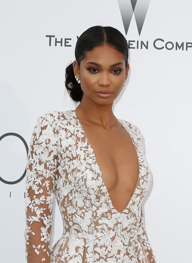 Chanel-Iman-opte-pour-le-smoky-eyes_portrait_w674