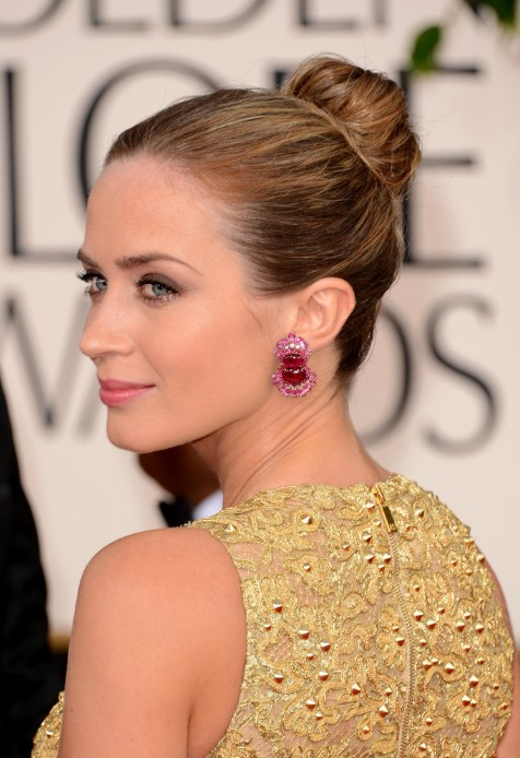 Emily-Blunt-Sleek-Bun-2013