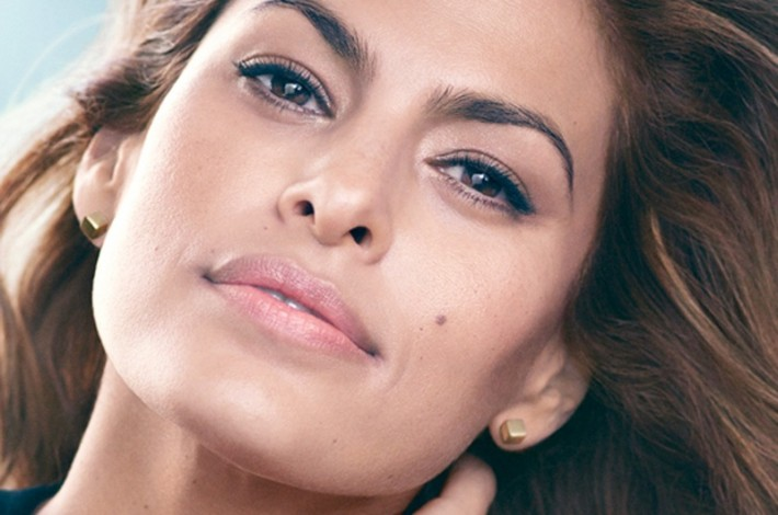 eva-mendes-estee-lauder-photo-710x470