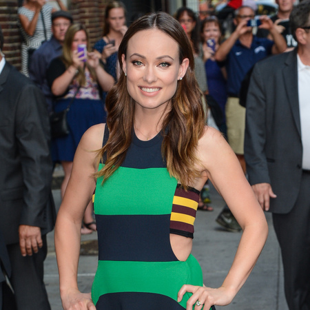 olivia-wilde-stripy-blue-and-green-dress-stripe-bandaux-print-summer-the-late-show-with-david-letterman-handbag