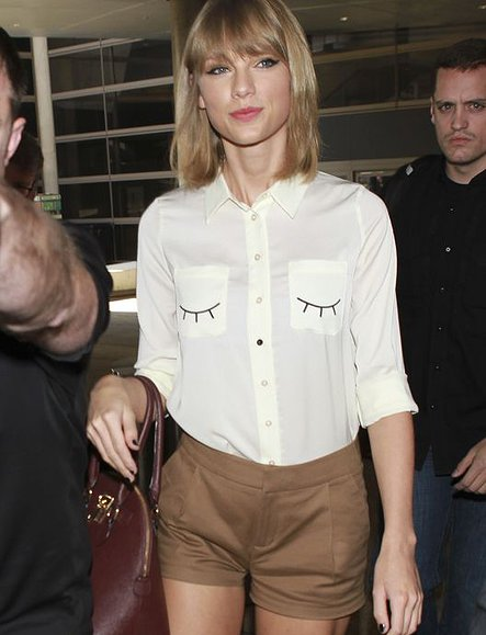 Taylor Swift Arrives At LAX