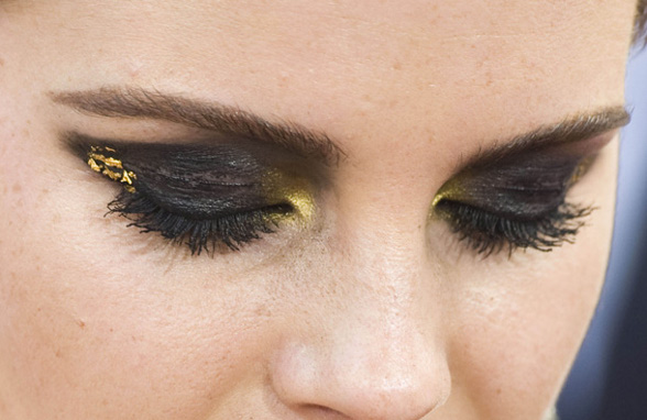 emma-watson-eye-make-up-at-the-new-york-premiere-of-harry-potter-pic-rex-features-78129816