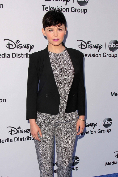 Ginnifer+Goodwin+Josh+Dallas+Disney+Theory+Theyskens+4