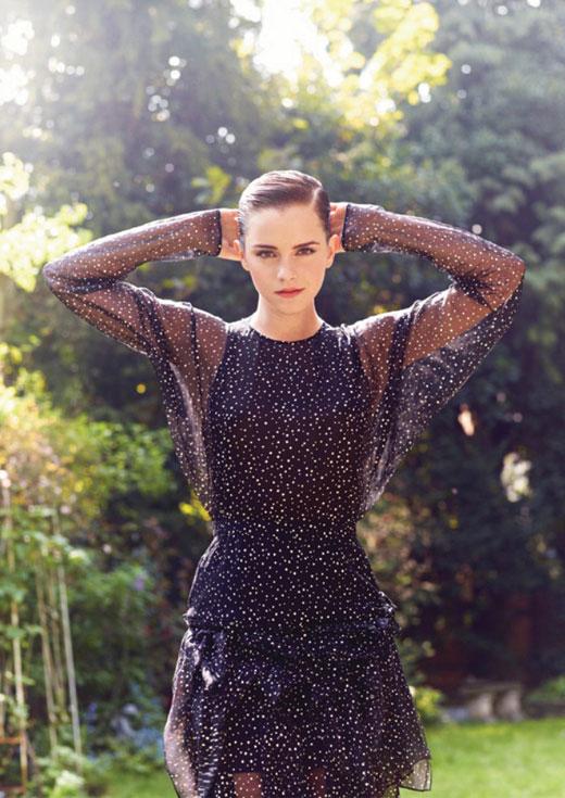 Emma-Watson-in-Polka-Dots