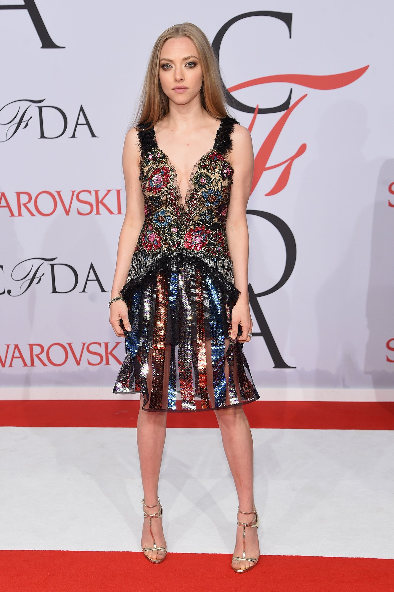 amanda-seyfried-cfda-awards-best-dressed-09