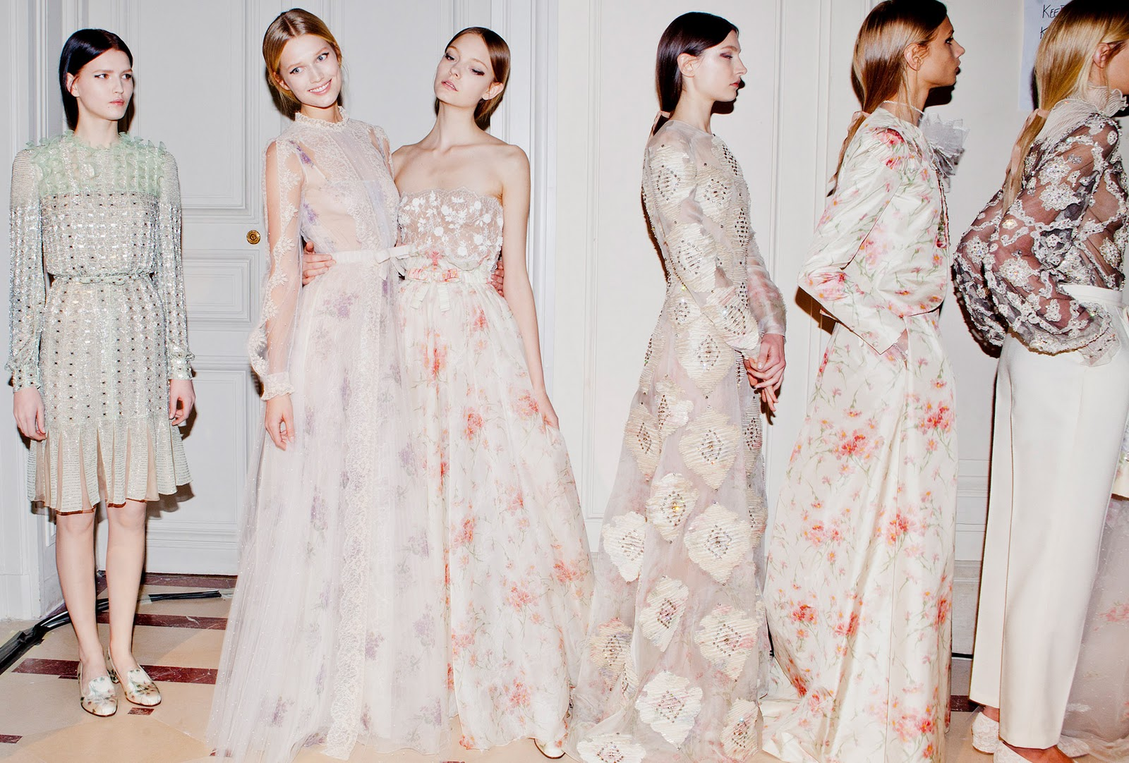 be-mine-valentino-a-girl-can-dream-enjoy-these-whimsical-gowns-with-best-and-valentino-gown