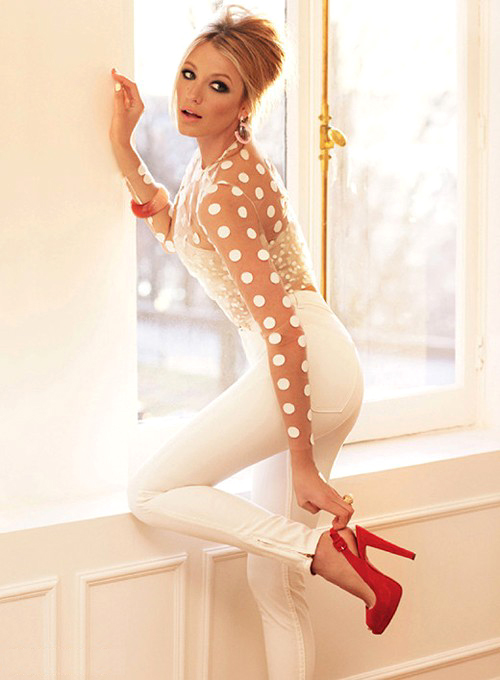 blake-lively-glamour-us-july-2