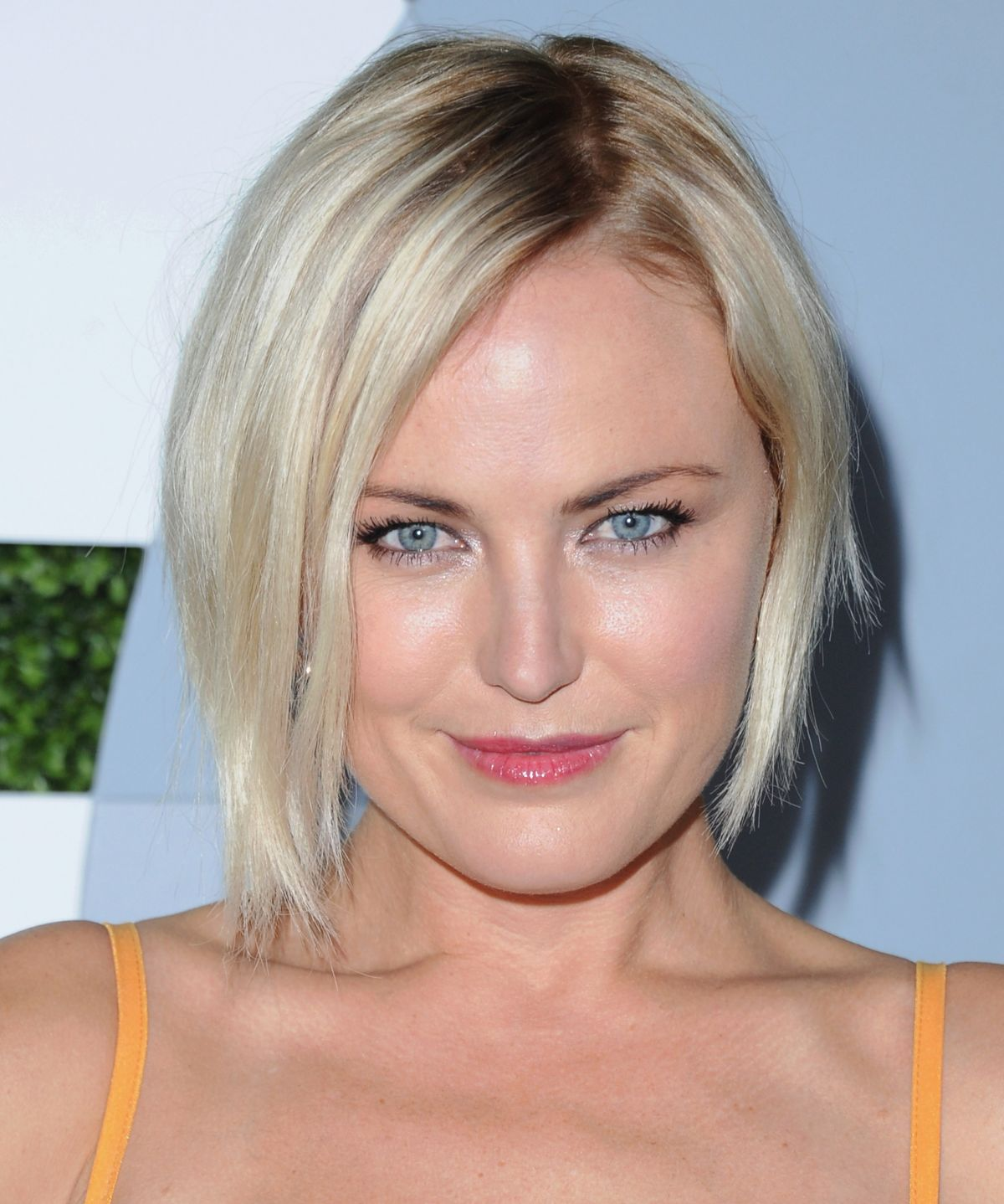 malin-akerman-coming-to-2014-gq-men-of-the-year-party-in-los-angeles_1
