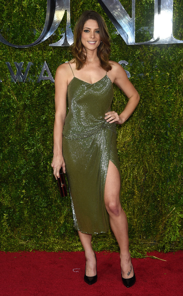 rs_634x1024-150607153534-634.Ashley-Greene-Tony-Awards.jl.060715