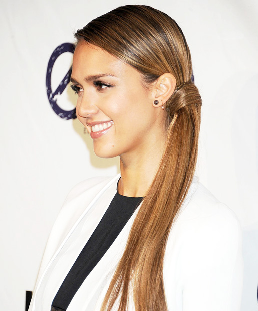04-totalbeauty-logo-low-ponytail