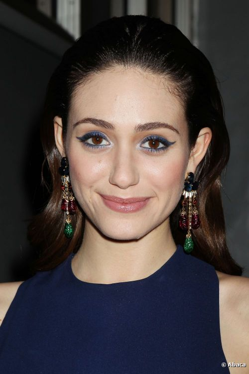 10098-emmy-rossum-arrived-sporting-a-great-500x0-1