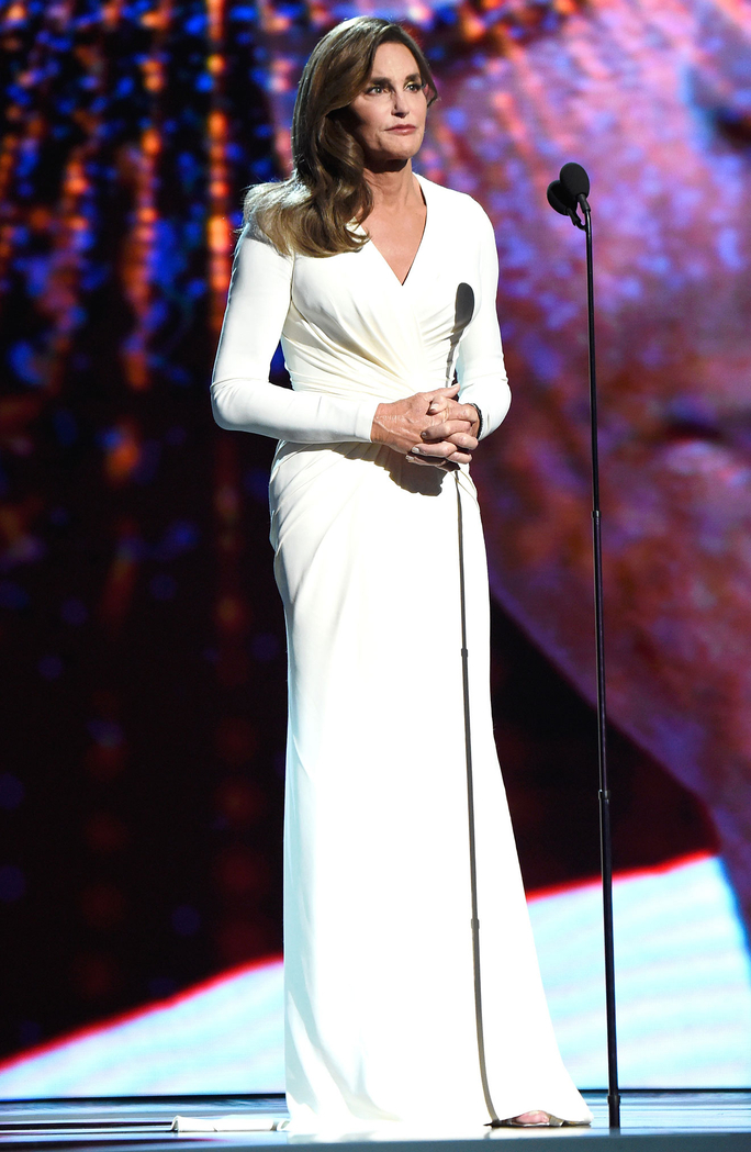 071515-espys-awards-caitlyn-jenner-dress-lead