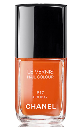 Chanel-Holiday-Nail-Polish