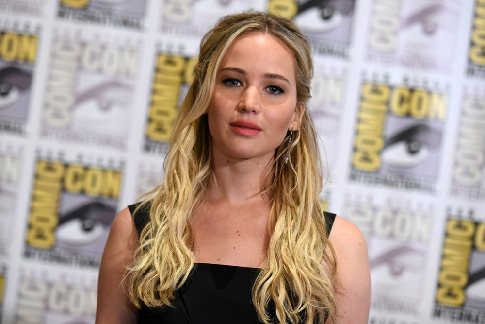comic-con-2015-jennifer-lawrence-can-t-be-shamed-into-losing-weight-by-directors-anymore-486815-2