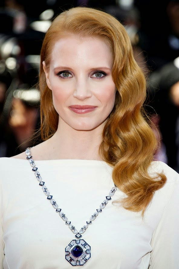 Jessica-Chastain_hair_glamour_22may13_rexfeatures_b_592x888