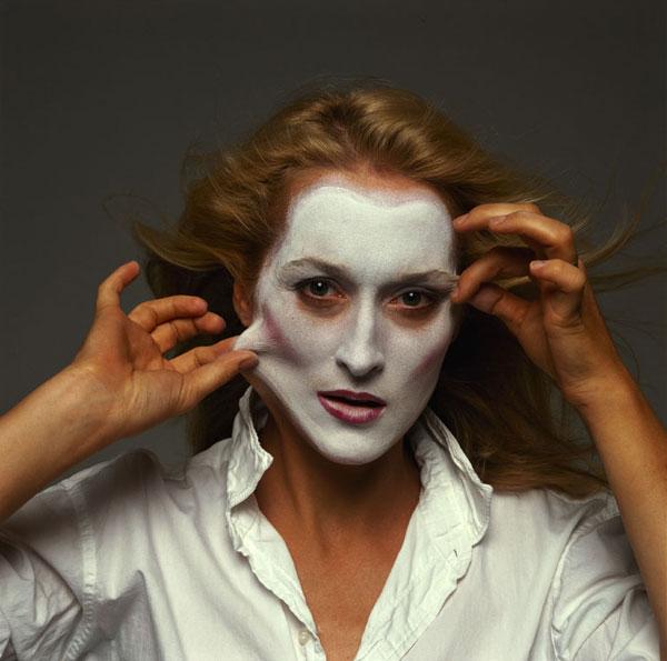una foto di Annie Leibovitz che testimonia la cura per la pelle dell'attrice