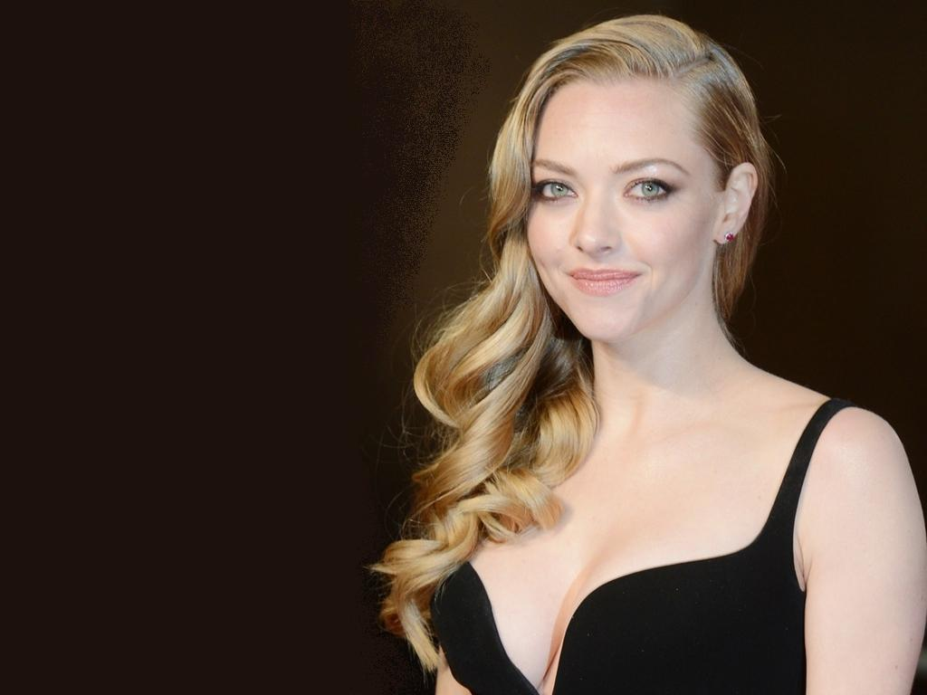 Amanda-Seyfried-Wallpaper-amanda-seyfried-34801870-1024-768